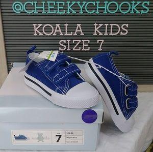 🆕 Koala Kids royal blue velcro sneakers